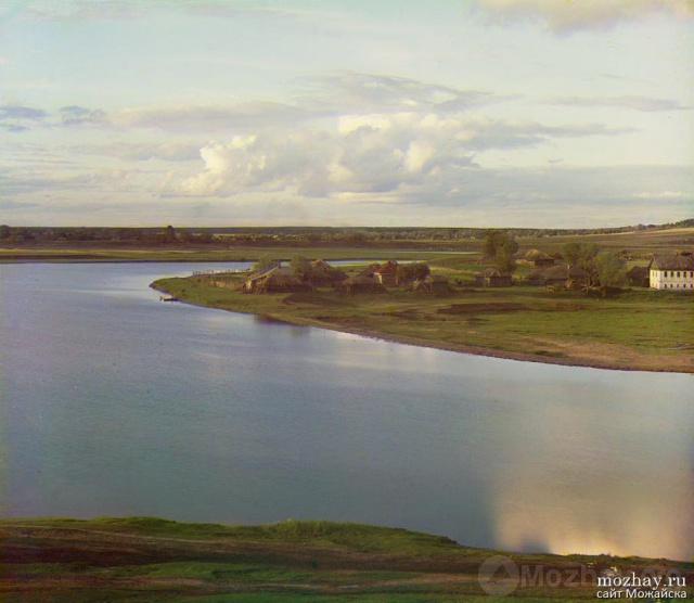 Река Москва у Ферапонтовского монастыря, у  Можайска.   1911г. Фото Прокудина-Горского.