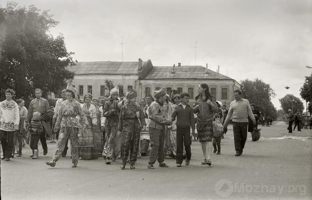 Фольклорный праздник в Можайске.  Май 1983 г. Фото Н.Никитина