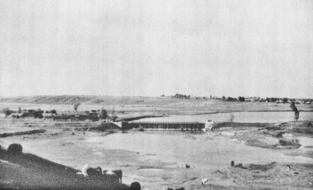 Плотина на Москва-реке. Вид от Лужецкого монастыря. Конец 30-х г. ХХ в. Фото Кудринского Н.Н.