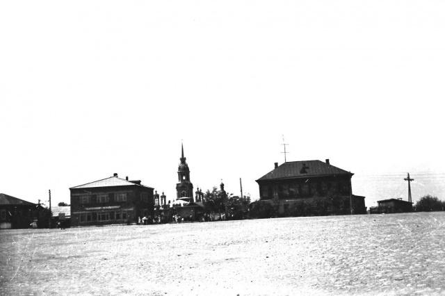 Можайск. Комсомольская площадь. 1967 г. Фото С.Парфентьева.  Из архива Е.Парфентьевой