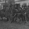 Работники Порецкого кооператива, Можайского уезда, закупают сельскохозяйственное оборудование