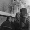 Жительница, освобожденного Красной Армией г. Можайска, Юрина М. М. рассказывает о зверствах немецких войск советским солдатам. Февраль 1942 г. Фото Чернова. РГАКФД