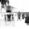 Вид Бородинского музея, разграбленного и сожжённого немцами при отступлении. Январь 1942г. Фото Чернова..jpeg