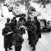 Колонна бронемашин выступает на боевые позиции в районе г. Можайска, январь 1942 г.